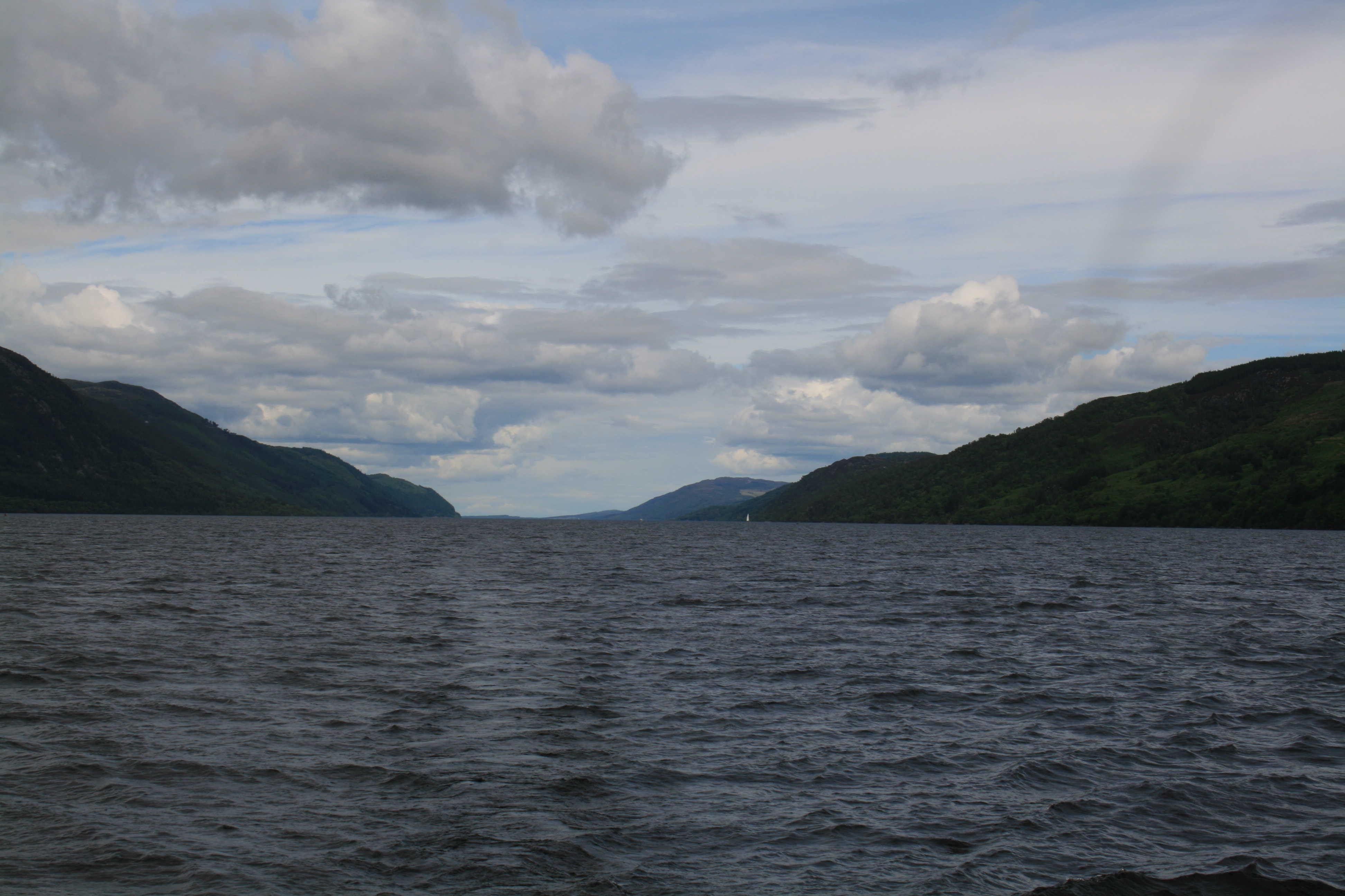 loch ness men Loch ness monster facts & worksheets • loch ness is a • 1934 also saw an expedition to loch ness by edward mountain, who stationed 20 men around the.
