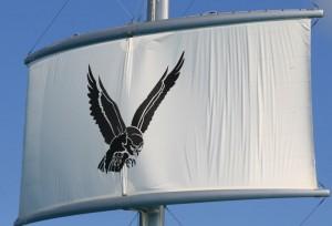 Maltese Falcon - Seilet foldes inn i masten