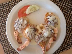 Reker fyllt med krabbekjøtt til lunsj. Den var ny, og god!