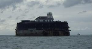 Karakteristisk fort / fyr ved innseilingen til Southampton